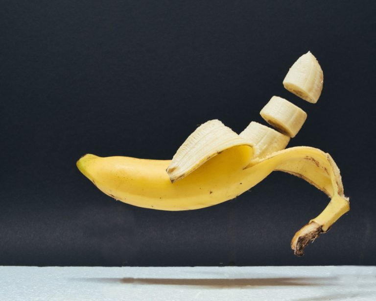 02 Flying Banana